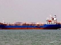 Đường dây buôn lậu xăng dầu 2.000 tỷ đồng từ Singapore về Việt Nam