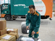 Gửi đông trùng hạ thảo, khách bị Viettel Post tráo hàng, xé nhãn