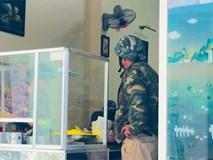 Câu chuyện về chú xe ôm tốt bụng ở Đà Lạt, rong ruổi khắp các ngả đường để đưa khách đi mua thuốc, cháo cho người ốm mà không lấy thêm tiền