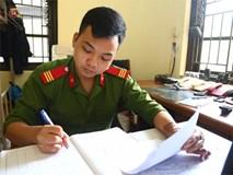 """Chàng lính trẻ từ bỏ giấc mơ làm chiến sĩ PCCC vì gặp nạn trong lúc cứu hỏa: """"Mỗi lần nghe báo cháy, lại thấy nhớ nghề và đồng đội..."""""""