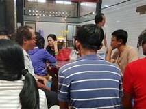 Vụ cháy ở Sài Gòn: Cha đau đớn nhìn con gái 2 tuổi nằm im lìm trong quan tài