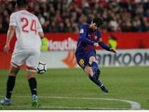 Messi lại đóng vai người hùng, giải cứu Barcelona ở phút 89