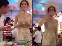 Clip: Cô dâu uống rượu nhận phong bì cực