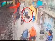 Lao ra đỡ đạn cho con trai, một phụ nữ nhập viện cấp cứu