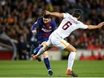 Barcelona 4-1 Roma: Suarez phá dớp tịt ngòi
