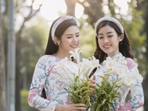 Bộ đôi Hoa hậu Ngọc Hân, Đỗ Mỹ Linh khoe nét thanh xuân phơi phới trên phố