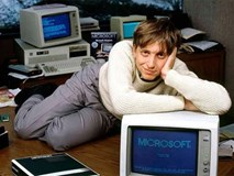 Bill Gates: Tỷ phú trẻ nhất thế giới năm 31 tuổi, từ bỏ quyền lực khi ở đỉnh cao