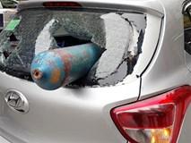 Tìm ra nguồn gốc bình khí phi như tên lửa, đâm xuyên ô tô giữa phố Hà Nội