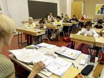 Bỏ dần thi cử, điểm số không phải thứ quan trọng nhất: Các nước trên thế giới đang giúp học sinh giảm áp lực học hành như thế nào?