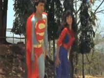 Chỉ có thể là phim Ấn Độ: Superman và Spiderman phiên bản 'lầy lội'