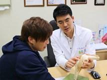 Bệnh viện Hàn Quốc tài trợ toàn bộ chi phí ca phẫu thuật cho Tuấn Anh
