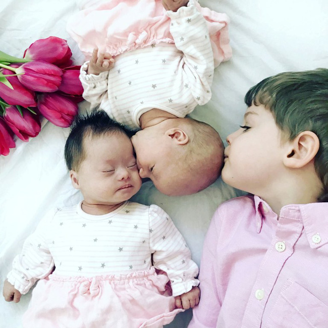 Vừa trao con cho bà mẹ mới sinh, bác sĩ đã phải cúi đầu xin lỗi vì một sai sót nghiêm trọng trong quá trình siêu âm-3