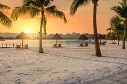 Check-in lung linh tại 'Maldives thu nhỏ' giữa lòng Hà Nội