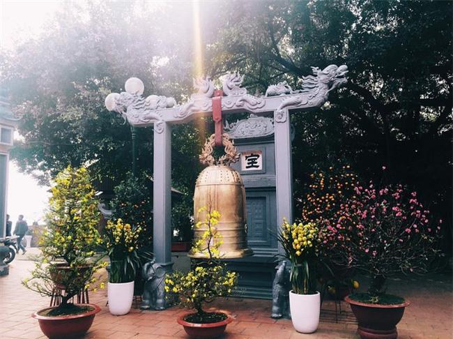 15 ngôi chùa linh thiêng nên đi lễ dịp đầu năm ở Hà Nội, Sài Gòn - Ảnh 7.
