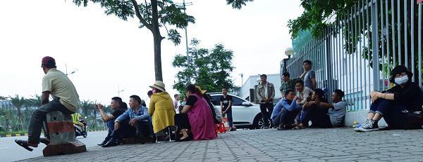 Cô gái Việt đột tử tại Nhật: Người cha bật khóc khi thấy con phủ trắng nilon về sân bay-4