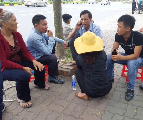 Cô gái Việt đột tử tại Nhật: Người cha bật khóc khi thấy con phủ trắng nilon về sân bay-5
