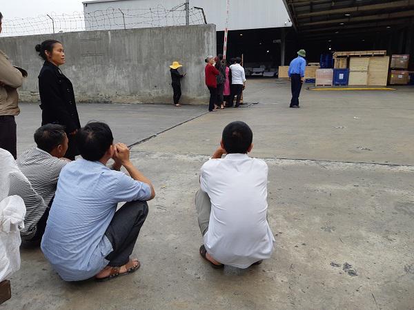 Cô gái Việt đột tử tại Nhật: Người cha bật khóc khi thấy con phủ trắng nilon về sân bay-7