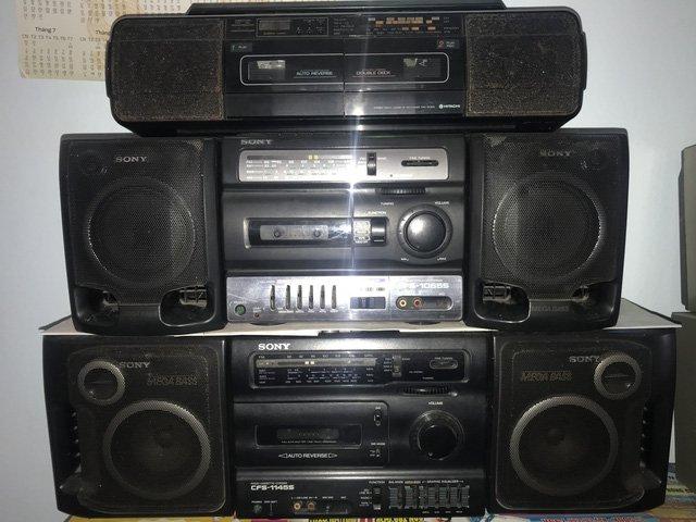 Người đi buôn kỷ niệm, 27 năm gắn bó với đài cassette-5