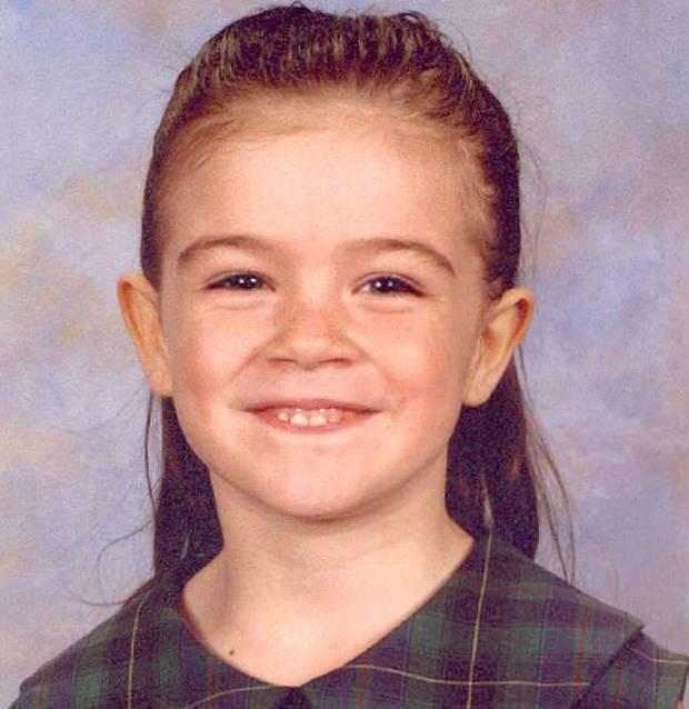 Đi lạc gặp kẻ tâm thần, bé gái 5 tuổi mãi không trở về và phán quyết của tòa khiến bố mẹ bất bình-1