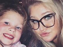 Mẹ sốc khi thấy con gái 2 tuổi dậy thì sớm nhưng không ngờ điều đó lại cứu mạng con