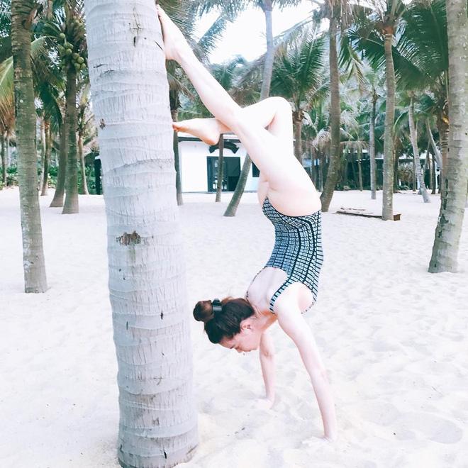 Đọ độ sexy của Hà Hồ, Angela Phương Trinh, Mai Ngô-2