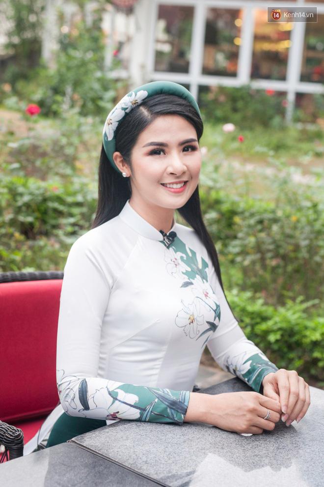Hoa hậu Ngọc Hân: Nhiều người thắc mắc sao tôi chơi chung được với hai người ghét nhau-9