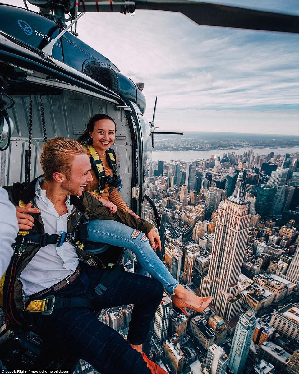 Mới 23 tuổi, cặp đôi được trả lương 6 con số để chu du khắp thế giới và cho ra đời những bức ảnh đẹp mê đắm-2
