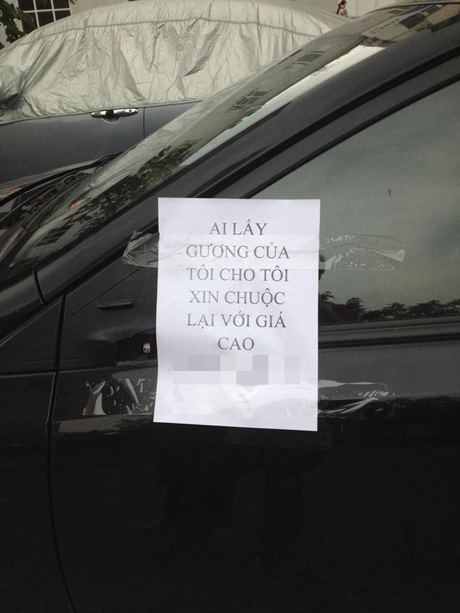 Mất gương xe, chủ ô tô viết thông báo làm giá với tên trộm-1