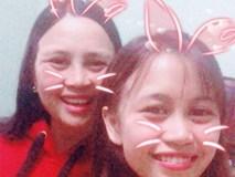 Mẹ 42 tuổi bắt con gái 'chụp cho mẹ chân thật dài và phải thật duyên dáng' để đăng Facebook!
