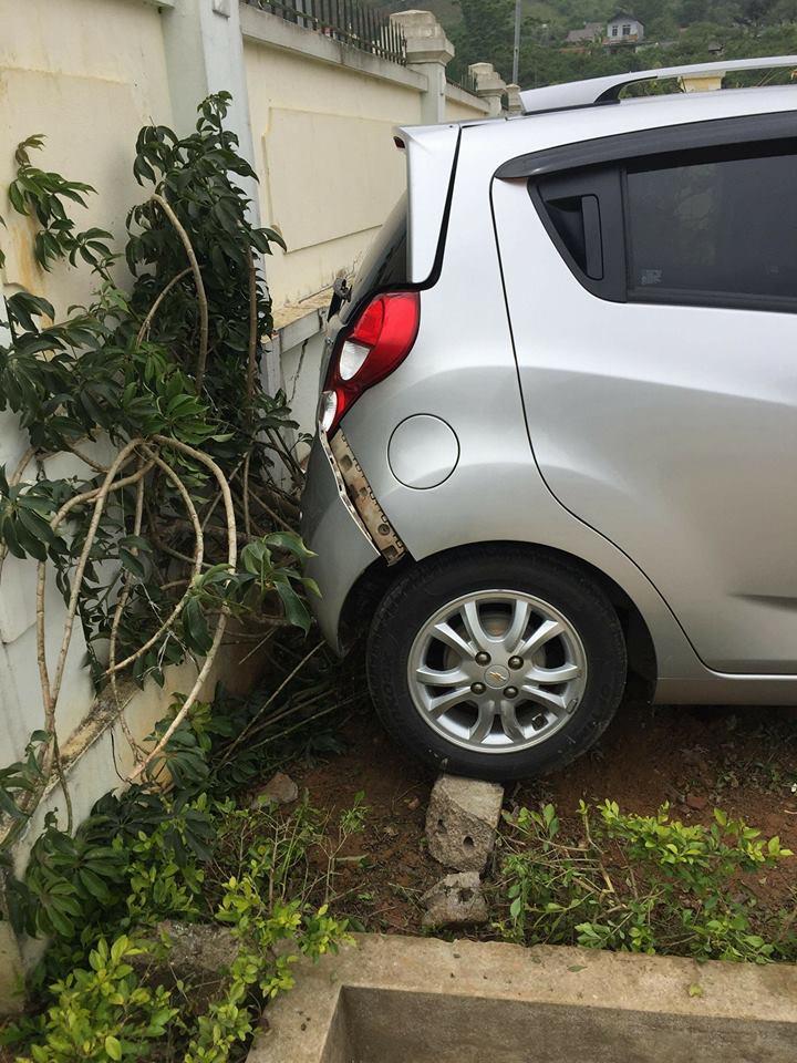 Sơn La: Giáo viên lùi xe trong sân trường, 1 học sinh tử vong-2