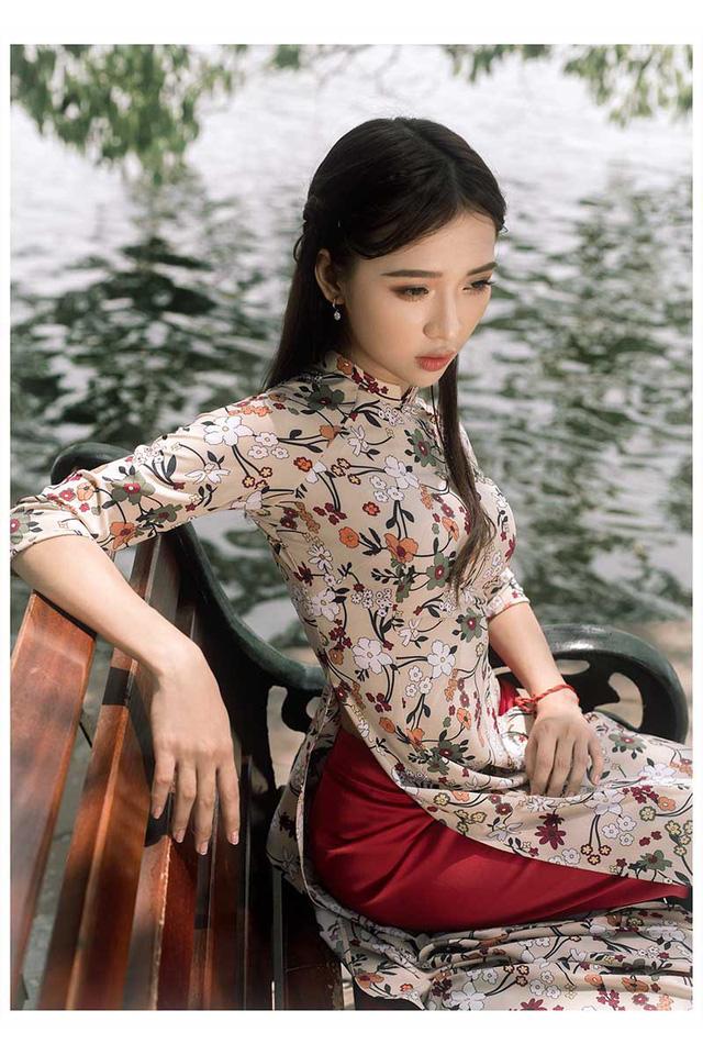 Ảnh đẹp xuất thần của cô gái Sài thành mơ ước diện áo dài ở Hà Nội-11