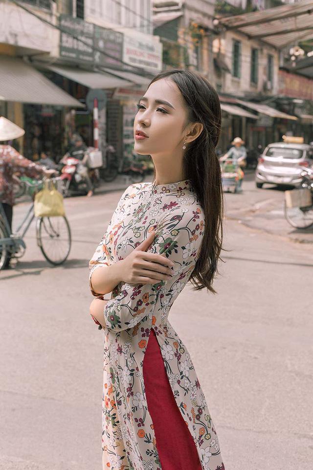 Ảnh đẹp xuất thần của cô gái Sài thành mơ ước diện áo dài ở Hà Nội-4