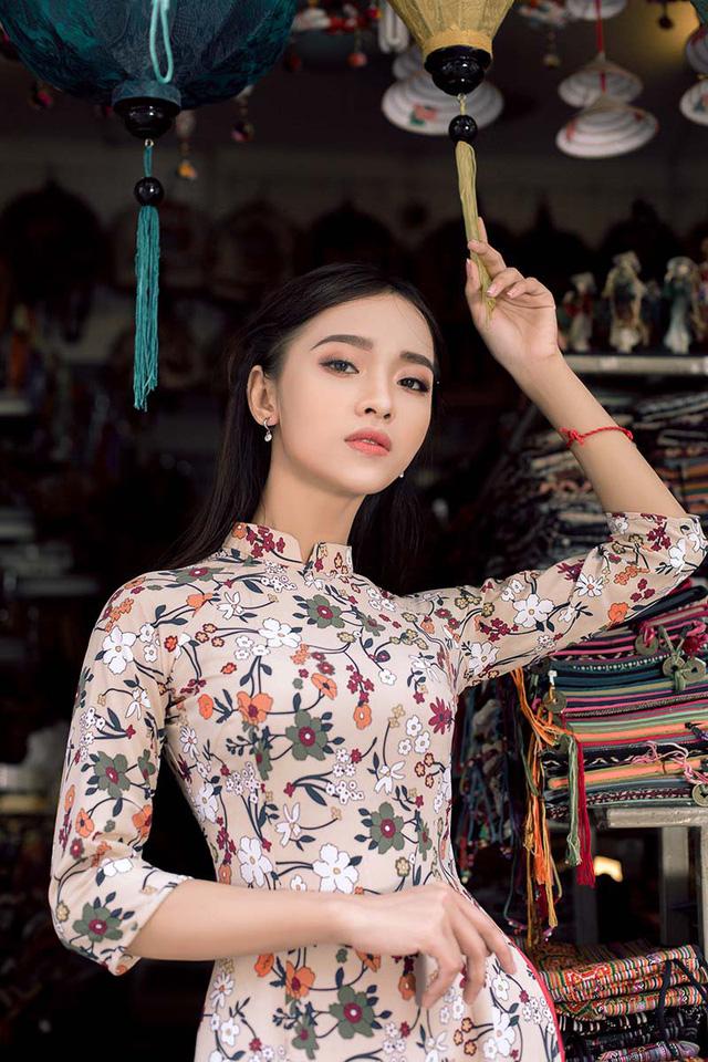 Ảnh đẹp xuất thần của cô gái Sài thành mơ ước diện áo dài ở Hà Nội-3