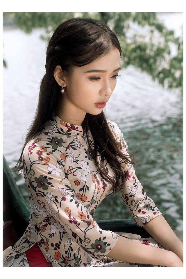 Ảnh đẹp xuất thần của cô gái Sài thành mơ ước diện áo dài ở Hà Nội-2