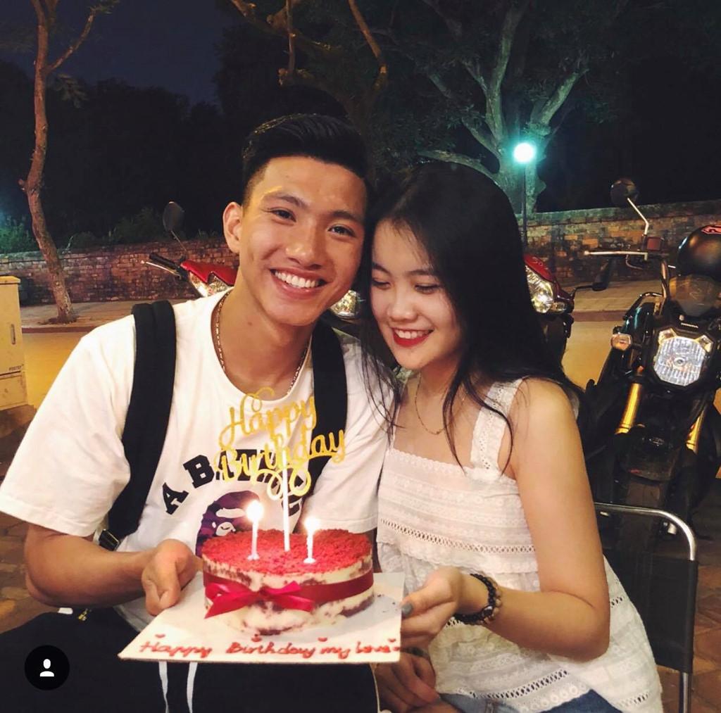 Cầu thủ Đoàn Văn Hậu công khai bạn gái trong ngày sinh nhật?-1