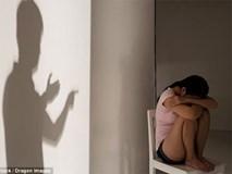 Vụ án hiếp dâm rúng động Ấn Độ: Cha