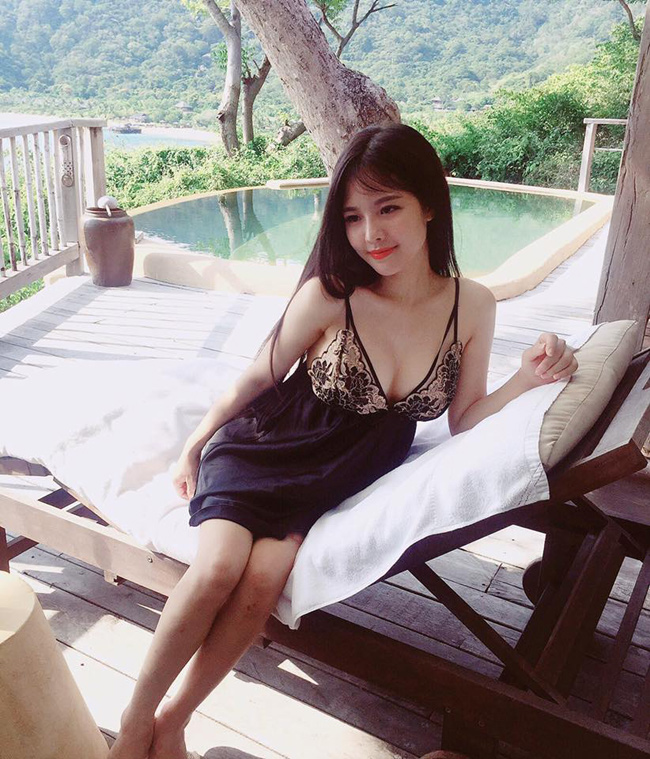 Mê mẩn đường cong nõn nà của single mom hot nhất Hà thành-14