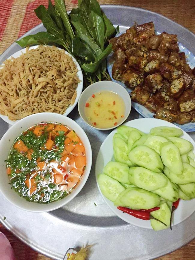 Vợ đảm ngày nào cũng vào bếp nấu nhiều bữa ăn ngon khiến chồng tăng 3kg sau cưới-12