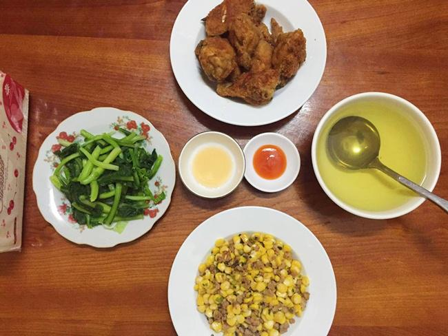 Vợ đảm ngày nào cũng vào bếp nấu nhiều bữa ăn ngon khiến chồng tăng 3kg sau cưới-10
