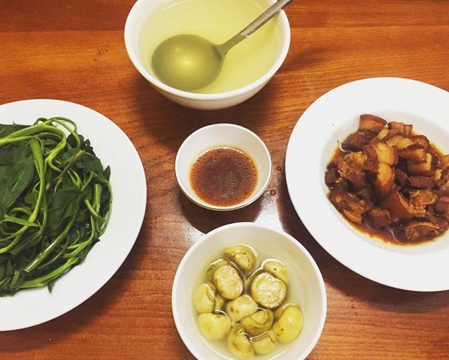 Vợ đảm ngày nào cũng vào bếp nấu nhiều bữa ăn ngon khiến chồng tăng 3kg sau cưới-9