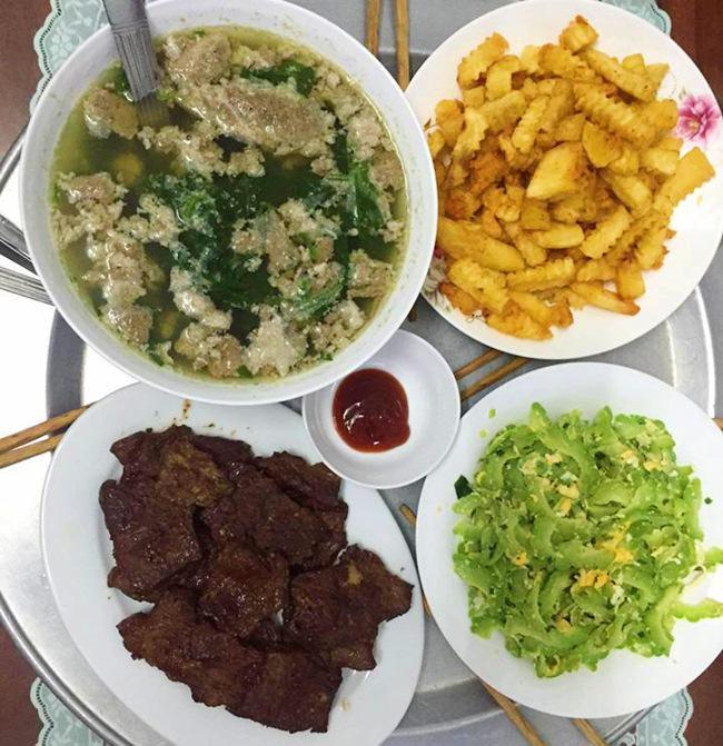Vợ đảm ngày nào cũng vào bếp nấu nhiều bữa ăn ngon khiến chồng tăng 3kg sau cưới-7