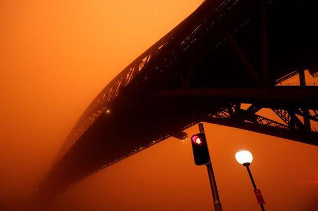 Sự thật về những cơn mưa máu gắn với điềm báo chết chóc, hủy diệt-2