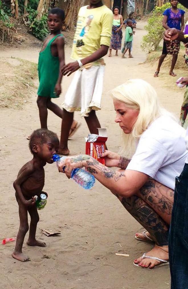 Hình ảnh mới nhất của cậu bé 2 tuổi từng bị bỏ đói gây chấn động thế giới-1