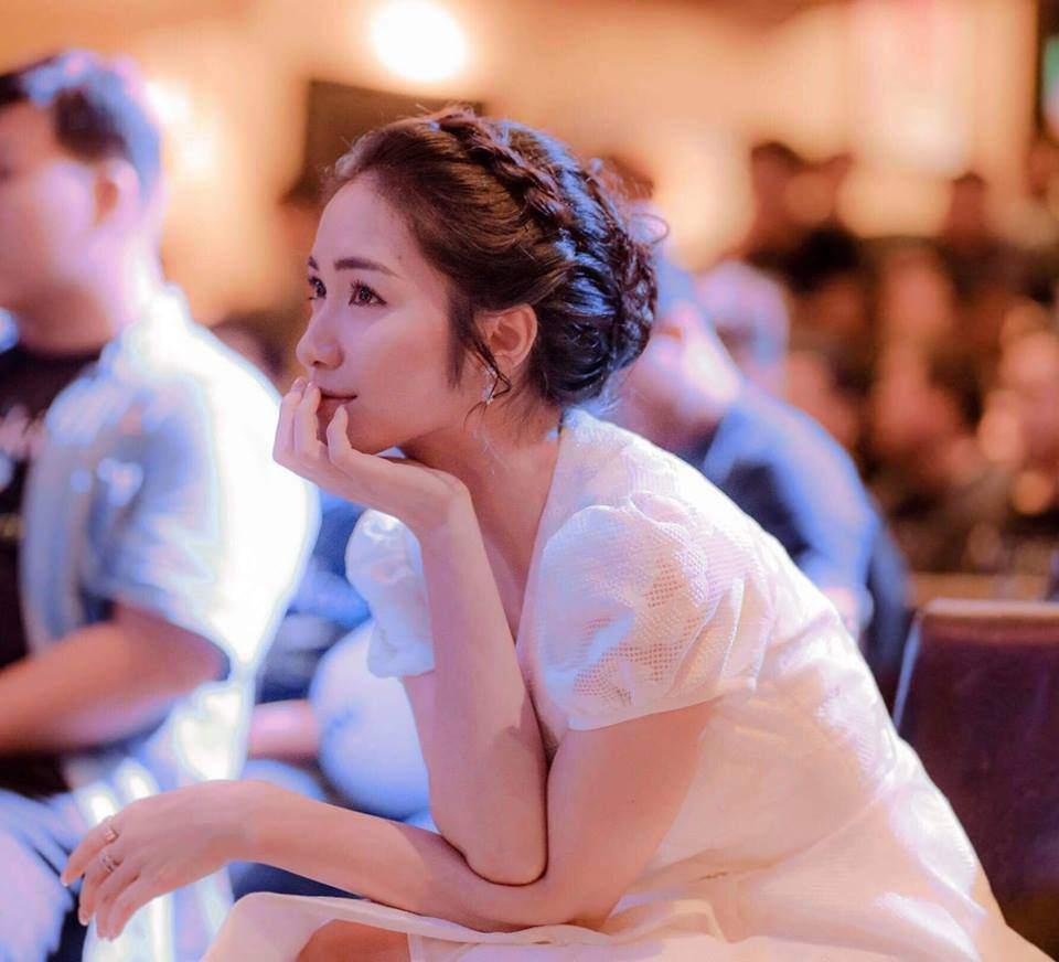 Sự thật chuyện Hoà Minzy mặc thiết kế nhái từ váy cưới của Song Hye Kyo-1