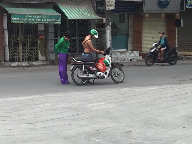 Chiếc khăn trải lên yên xe và lời nói ngại ngùng của tài xế Grabbike-2