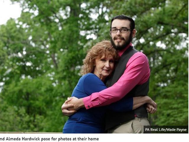 Bỏ qua rất nhiều cô gái trẻ đẹp, chàng trai quyết cưới bà già u70 vì chuyện chăn gối-2