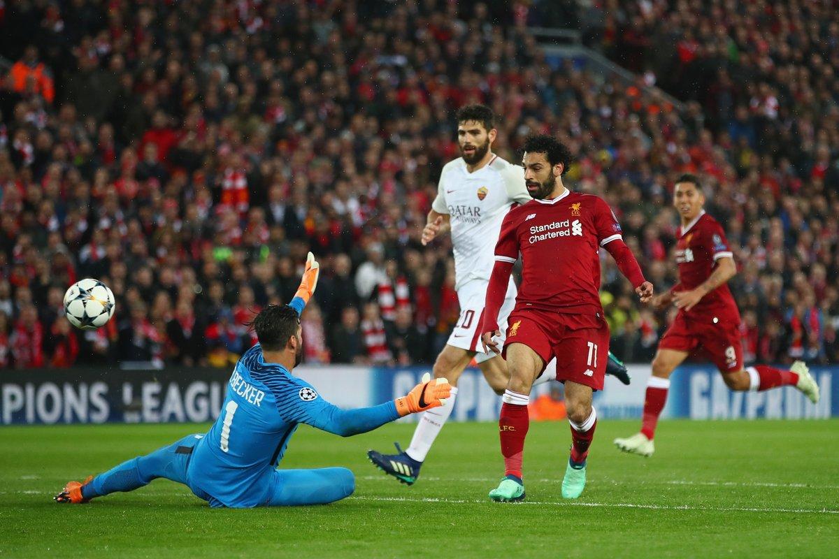 Liverpool thắng giòn giã: Salah khiến Messi và Ronaldo ghen tị-1