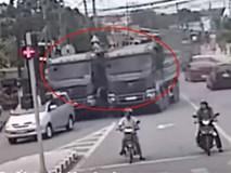 Hai xe tải đua tốc độ trên đường gây bức xúc