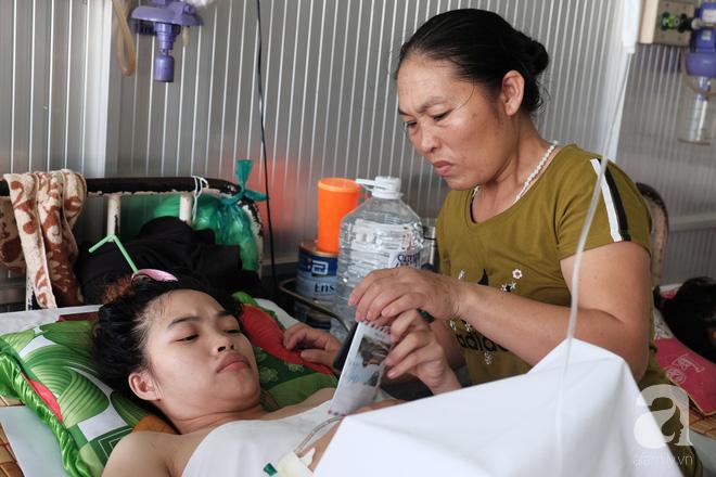Mới sinh được hai tháng, mẹ trẻ 18 tuổi mất chồng, mất luôn chân vì bị container cán qua người-6