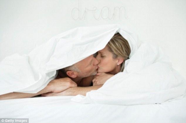 Quan hệ thường xuyên có ảnh hưởng lớn đến tuổi thọ-1